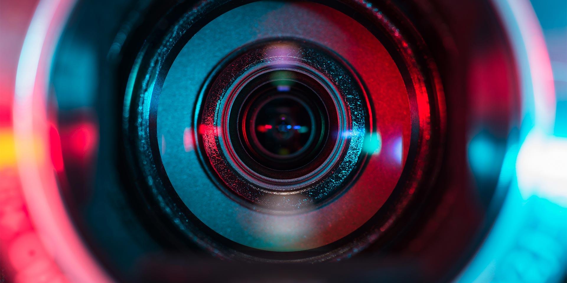Nahaufnahme einer Kameralinse